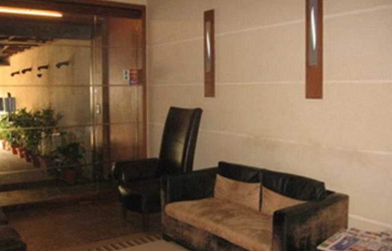 Bandra Residency - Hotel - 0