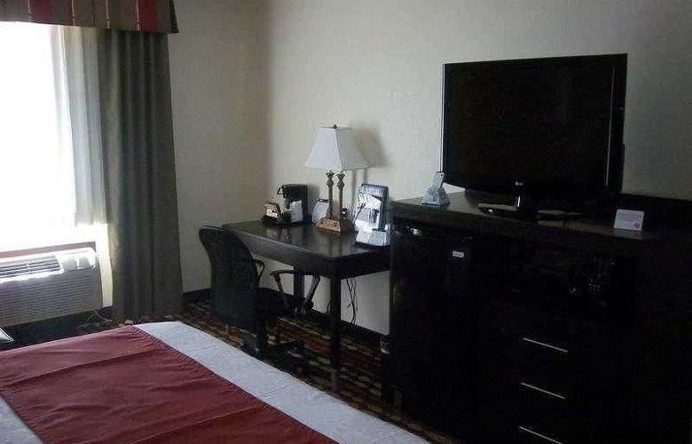 Best Western Greentree Inn & Suites - Hotel - 45