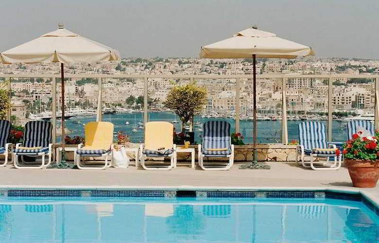 Phoenicia Malta - Pool - 2