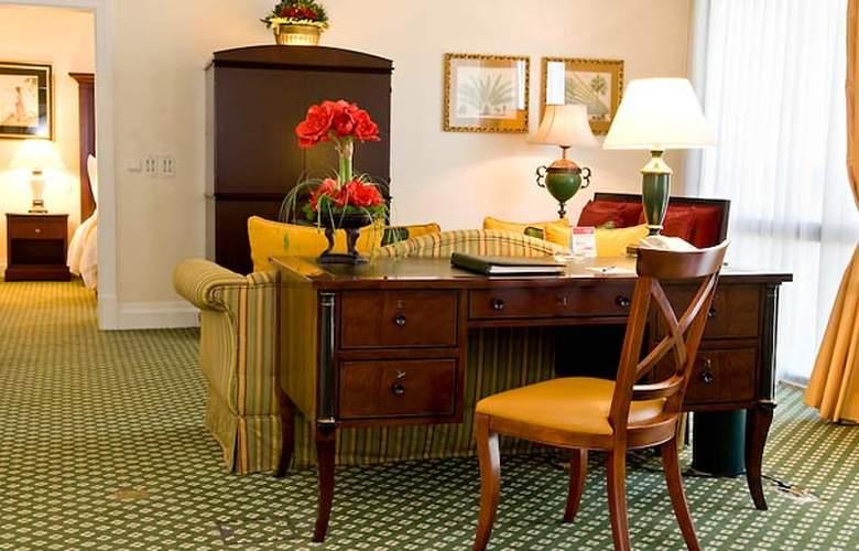 Lisbon Marriott - Room - 12