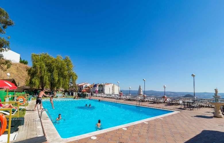 Hotel Los Templarios - Pool - 4
