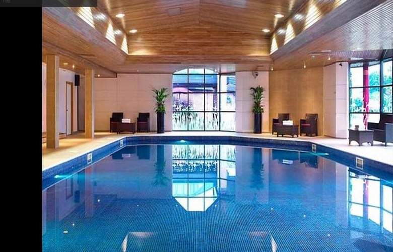 Newcastle Metrocentre Marriott - Pool - 7