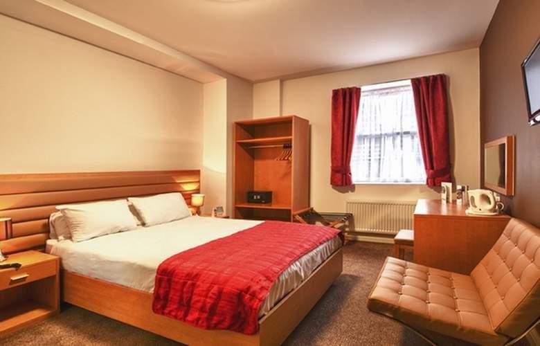 Comfort Luton - Room - 2
