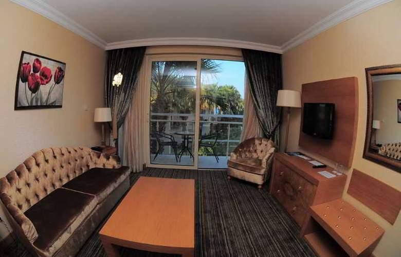 Oscar Resort - Room - 21