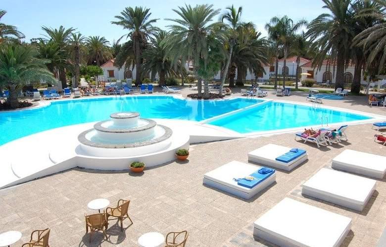 Suite Hotel Jardin Dorado - Pool - 7
