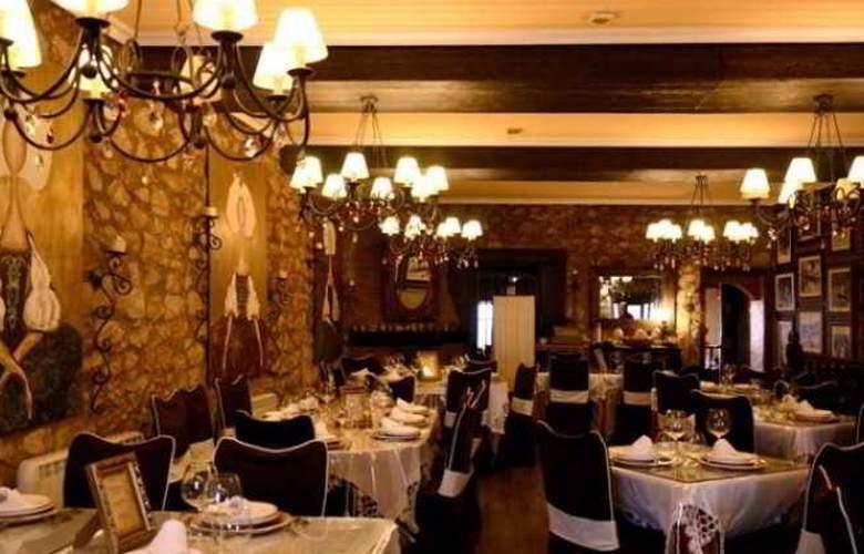 Posada De Eufrasio - Restaurant - 13