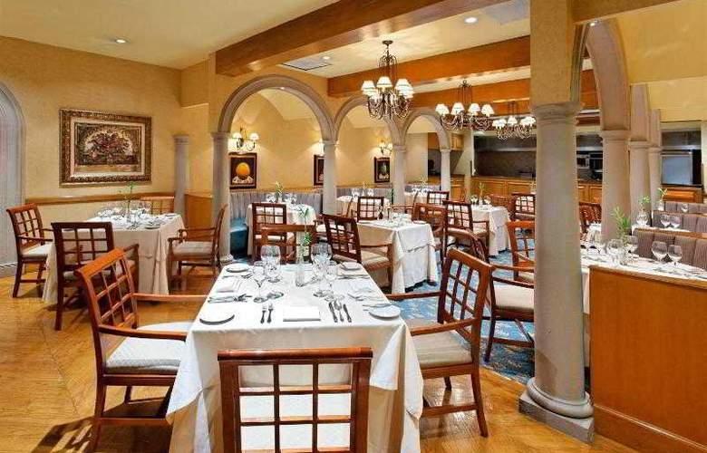 Crowne Plaza Monterrey - Restaurant - 21