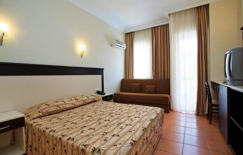 Helios Hotel - Room - 12