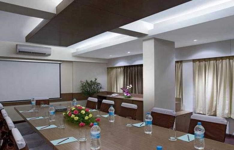 Kapila Business - Conference - 3