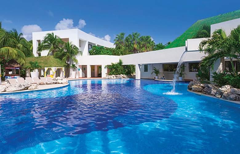 Sunscape Akumal Beach Resort & SPA - Pool - 3