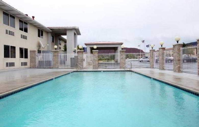 Americas Best Value Inn Cedar City - Pool - 3