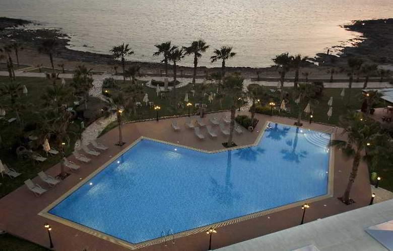 Aquamare Beach Hotel & Spa - Hotel - 0