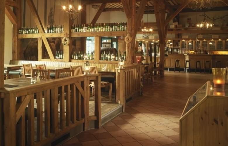 Landhotel Schloss Teschow - Restaurant - 3