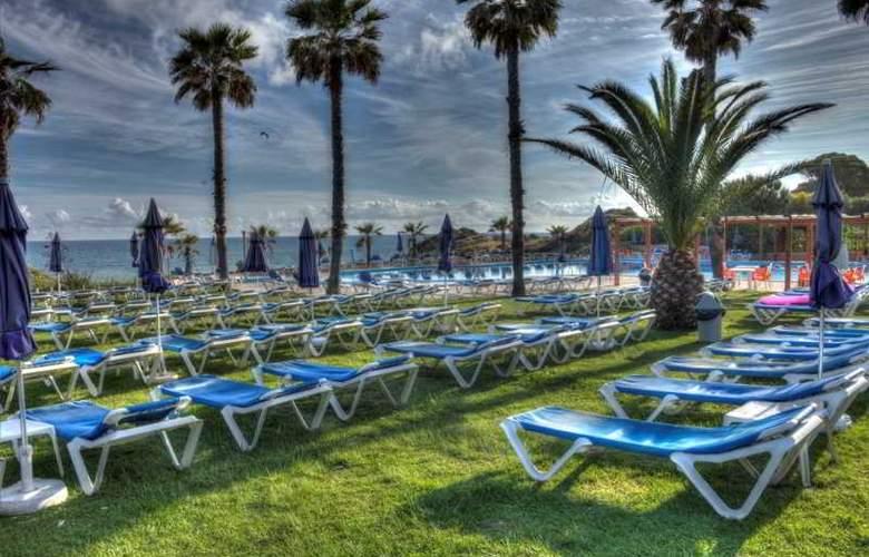 Auramar Beach Resort - Pool - 4