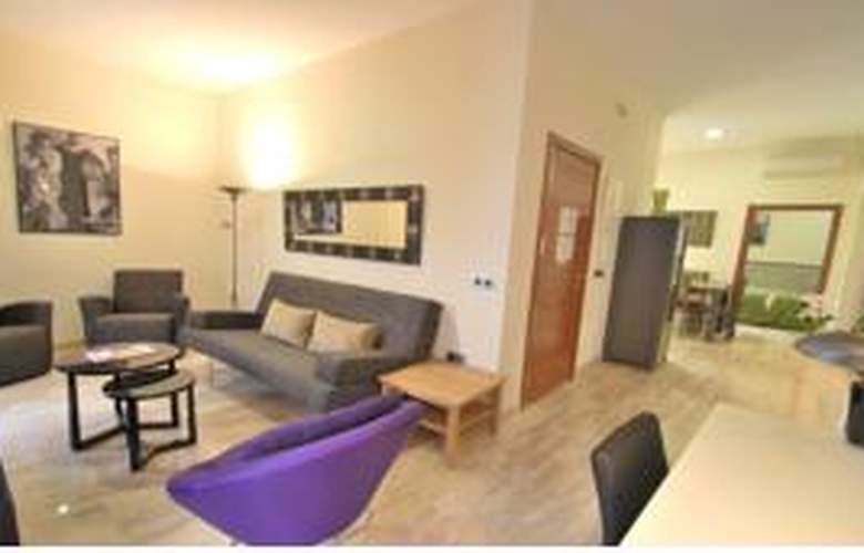Living-Sevilla Apartments Maestranza - General - 1