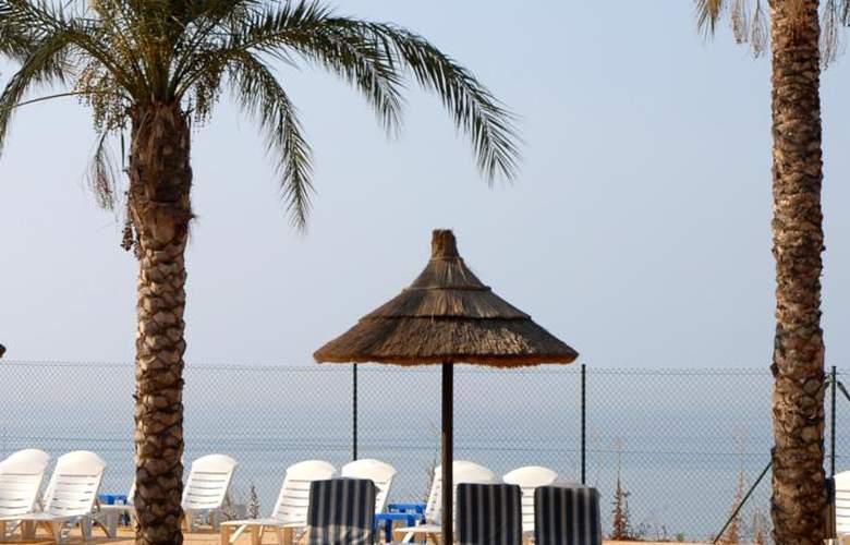 Holiday World Resort - Pool - 35