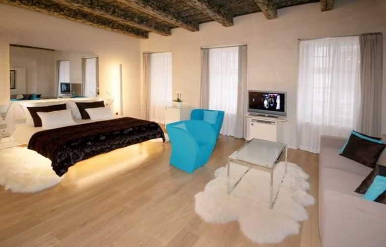 Three Storks Hotel - Room - 17