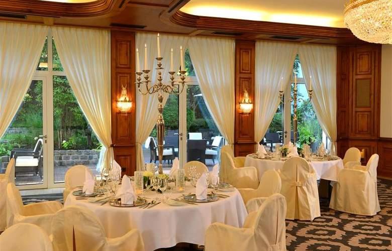 Best Western Premier Parkhotel Kronsberg - Restaurant - 51