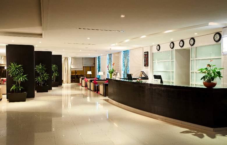 Golden Tulip Sfax - Hotel - 0