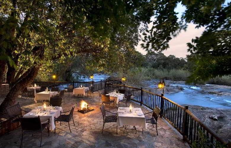 Kruger Park Lodge - Terrace - 13