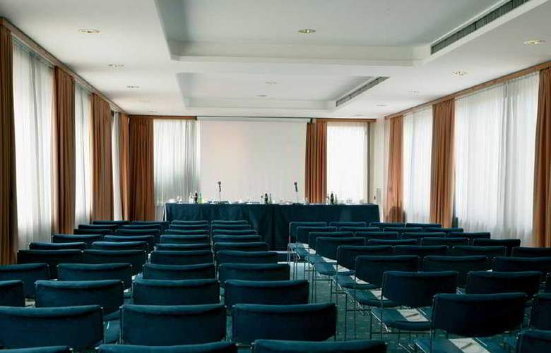 Artemide - Conference - 6