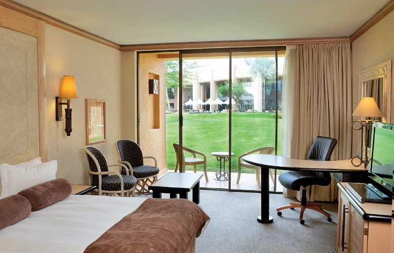 Windhoek Country Club Resort - Room - 2