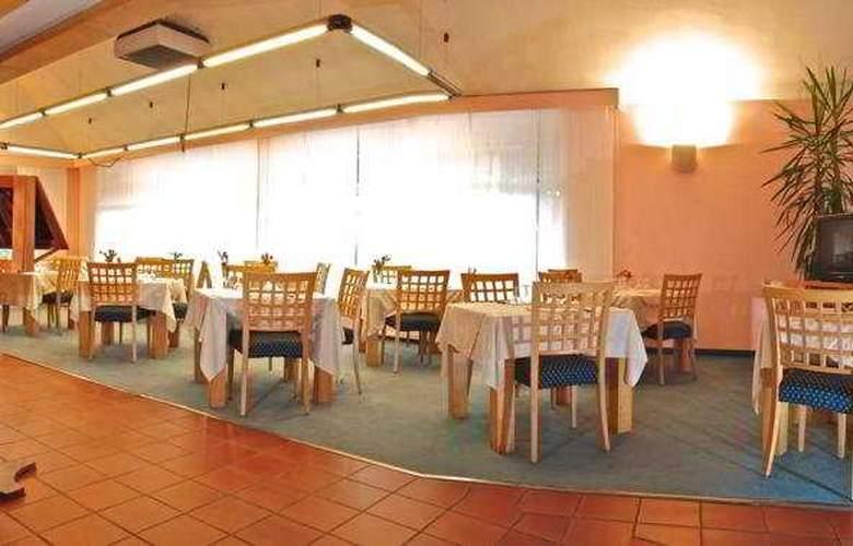 Oleggio - Restaurant - 10