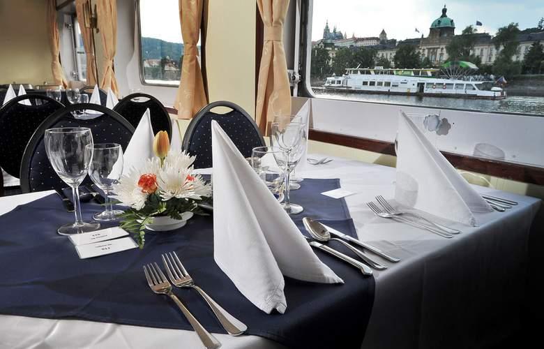 Florentina Boat - Restaurant - 3
