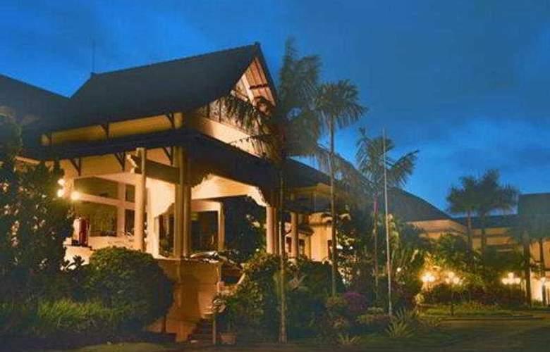 Lombok Raya - Hotel - 0