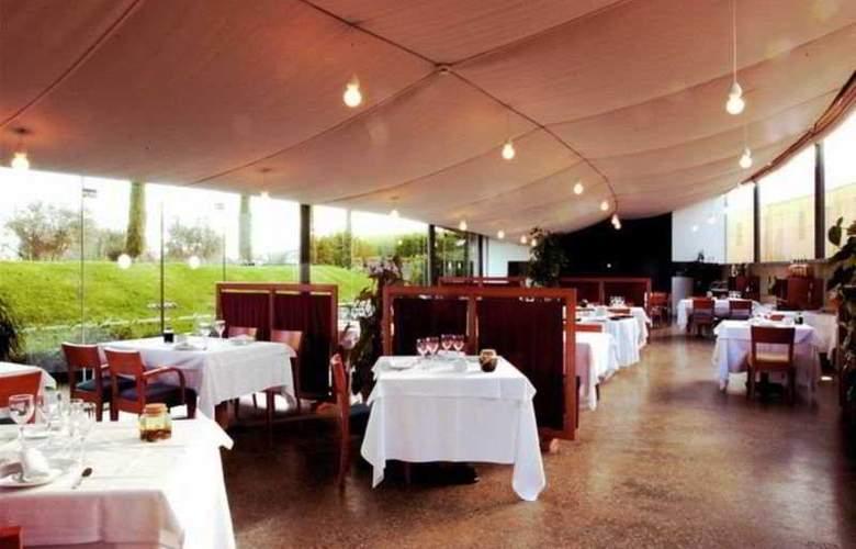 Arcs de Monells - Restaurant - 10