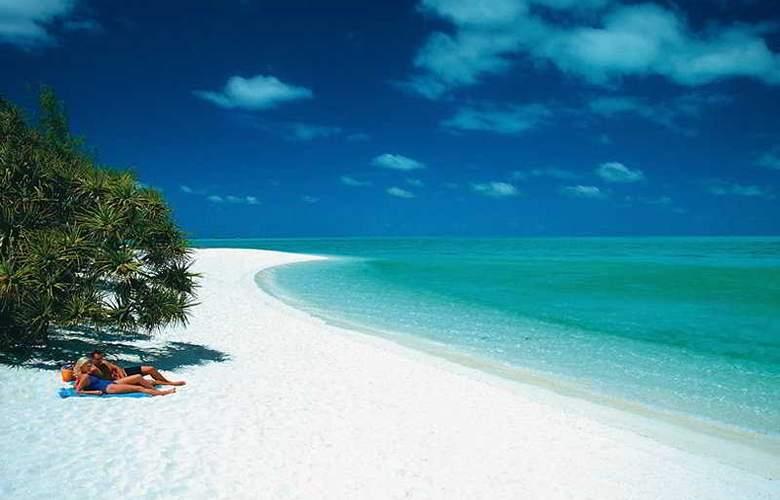 Heron Island Resort - Beach - 3