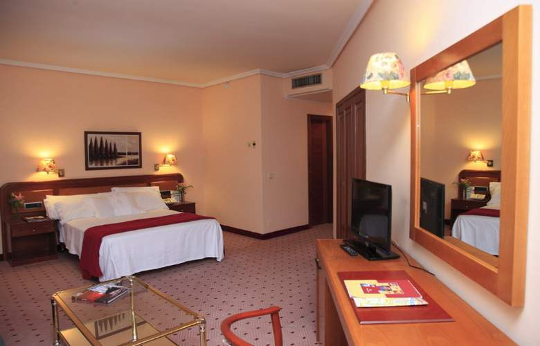 Galicia Palace - Room - 6