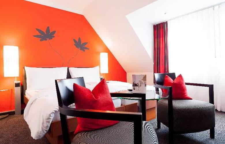 Basel - Room - 6