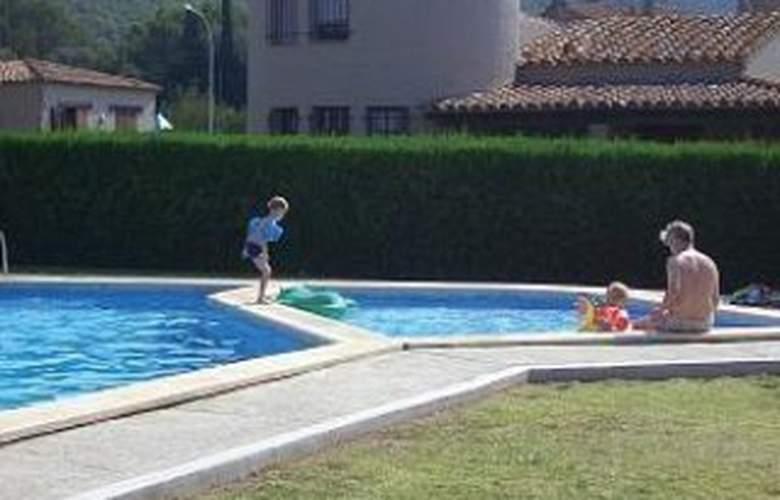 Bell Raco - Pool - 6