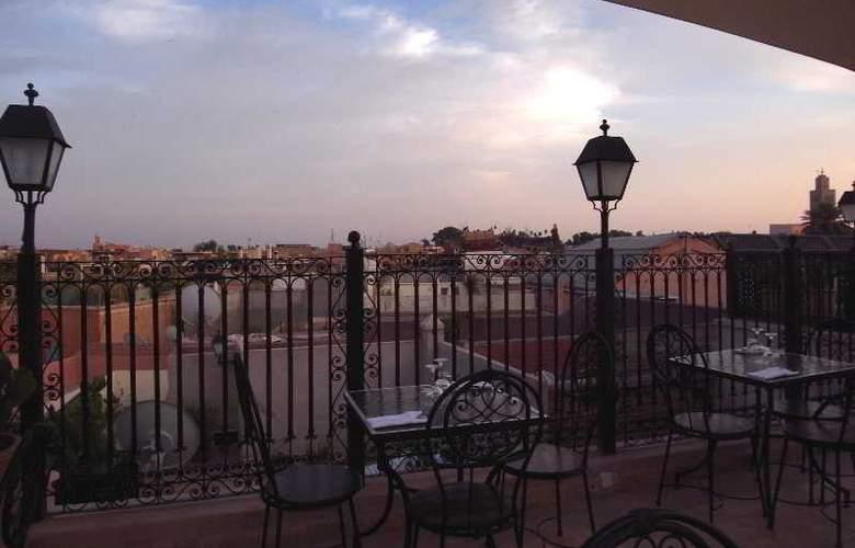 Riad Bazaar Cafe - Terrace - 2