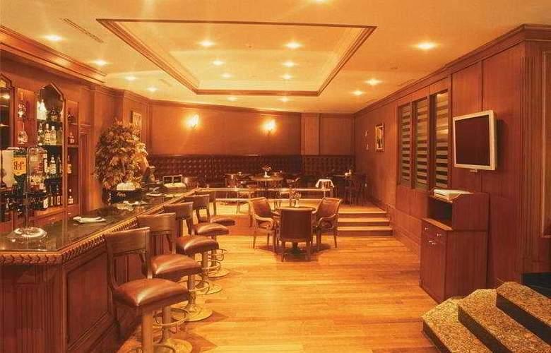 Grand Oztanik - Bar - 13