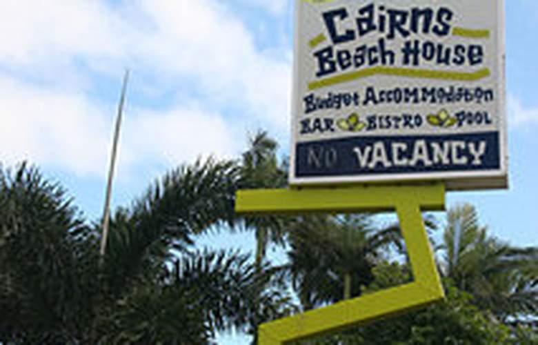 Cairns Beach House - Hotel - 0
