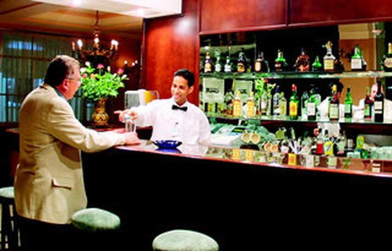 Rembrandt Hotel - Bar - 2