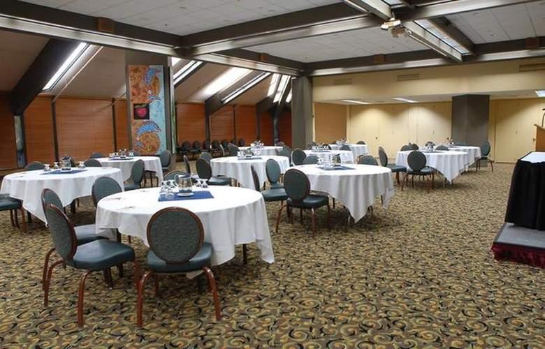 Best Western Plus Hood River Inn - Conference - 107
