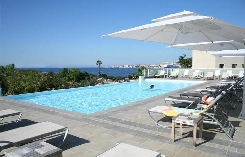 Best Western Ajaccio Amiraute - Pool - 17
