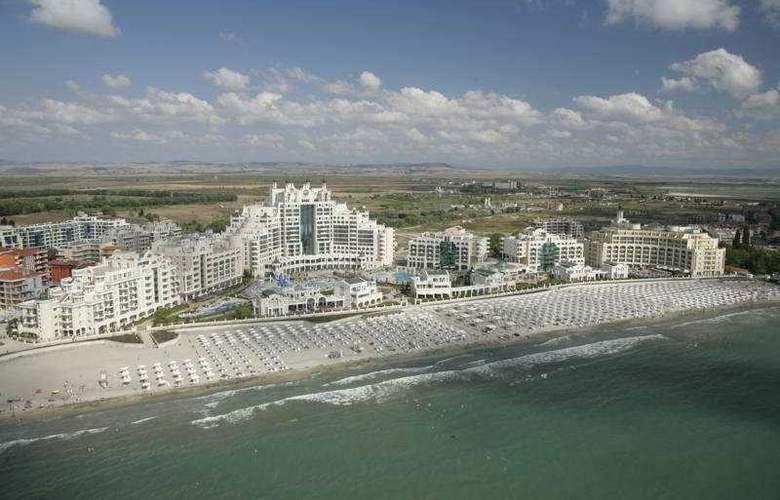 Sunset Resort - General - 2