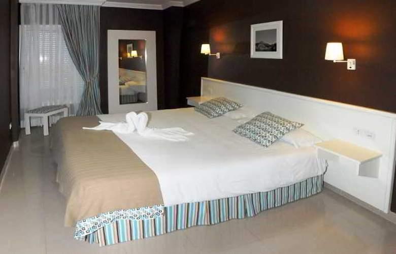 La Quinta Park Suites - Room - 13