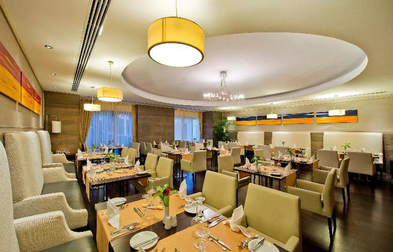 Barut Hotels Lara Resort Spa & Suites - Restaurant - 29