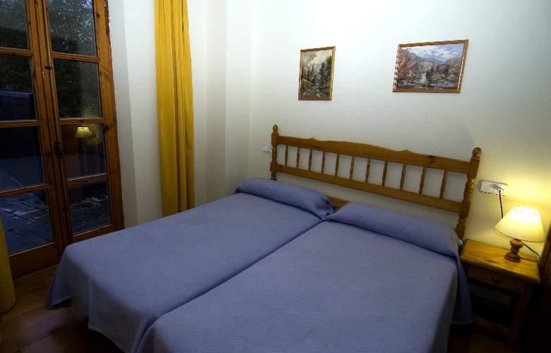Apartamentos Residencial La Solana - Room - 9