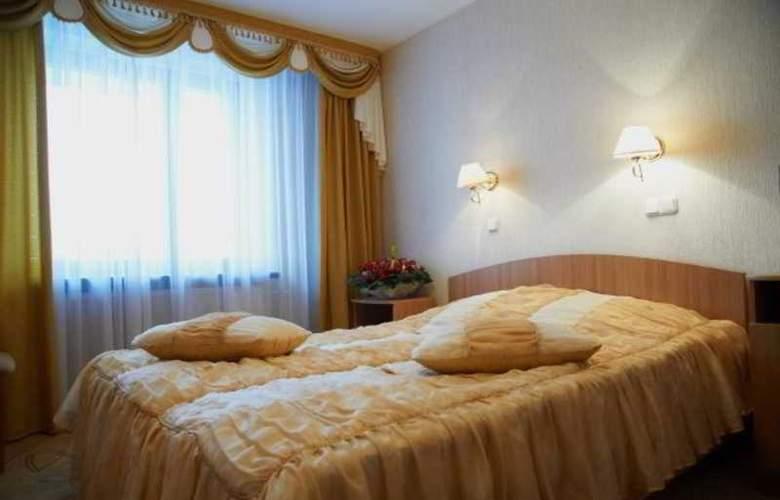 Luchesa - Room - 9