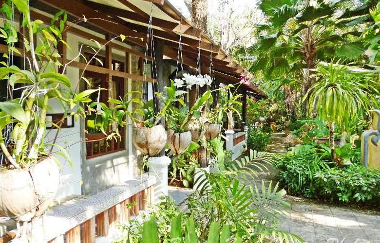Bangtao Beach Chalet Phuket - Hotel - 15