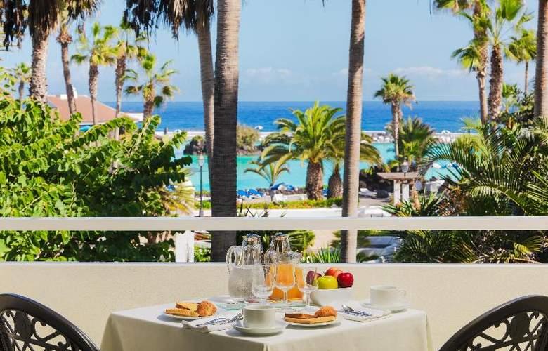 H10 Tenerife Playa - Terrace - 25