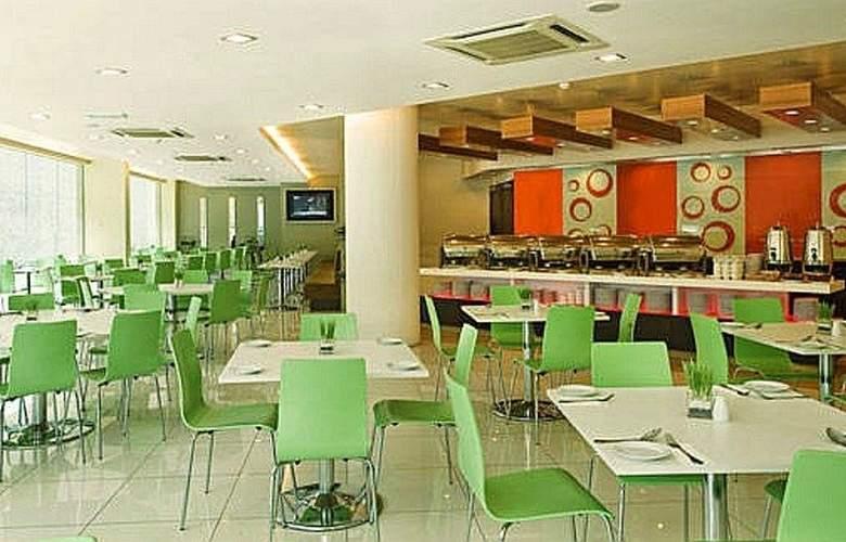 Grand Pacific Hotel Kuala Lumpur - Restaurant - 6