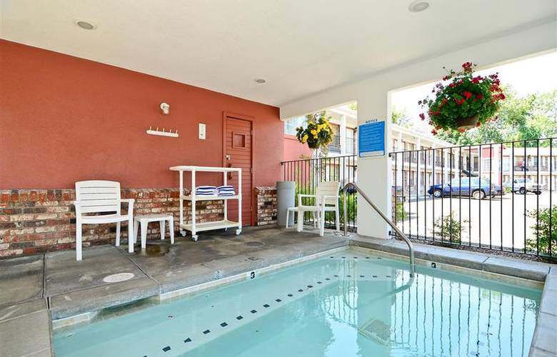 Best Western Horizon Inn - Pool - 92