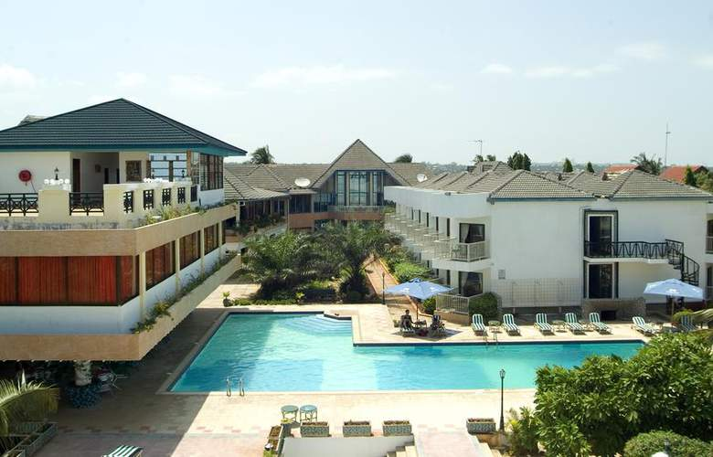 The Beachcomber Hotel & Resort - Hotel - 9